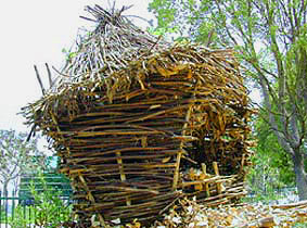 Replica of Tongva granary/  Source:  http://tongvapeople.com/collage.html