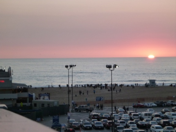 Santa Monica's Winter Solstice Sunset over the ocean (Bob Gurfield 12/21/13)