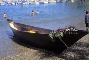 "This ti'at, called Moomat ˜Ahiko or ""breath of the ocean"" voyaged from Long Beach to Catalina in 1996. Similar vessels would have been used for fishing and trade between the other islands and the mainland (Photo: Bill Bushing)"