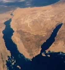 Sinai Peninsula satellite iew from southeast (New World Encyclopedia)